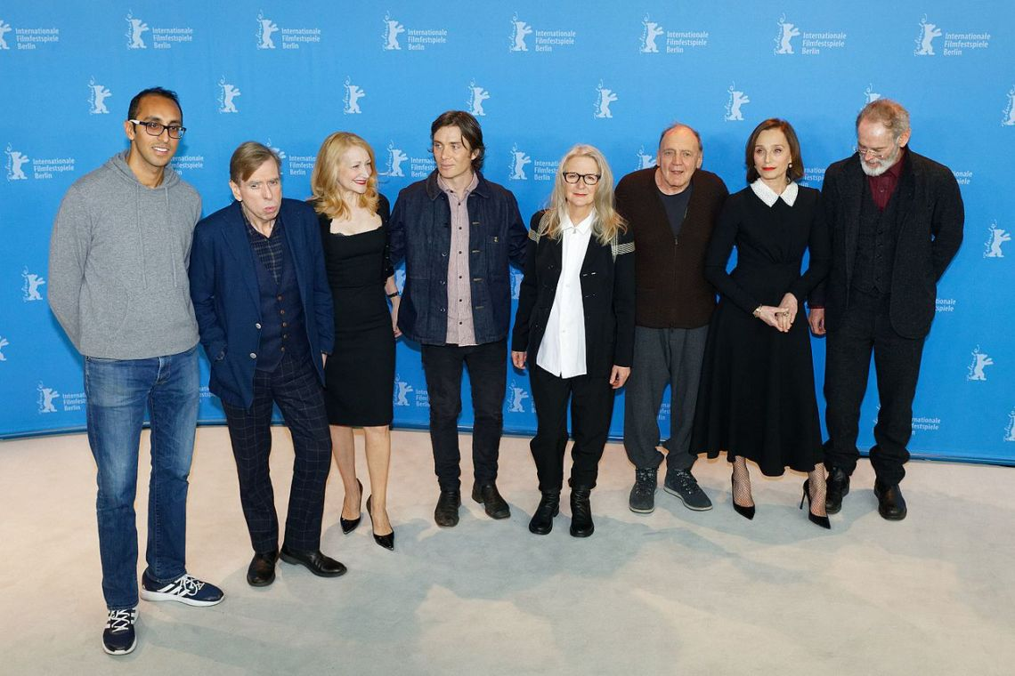 Cast_&_Crew_Photo_Call_The_Party_Berlinale_2017