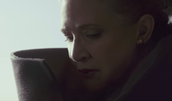 star-wars-the-last-jedi-leia-600x355